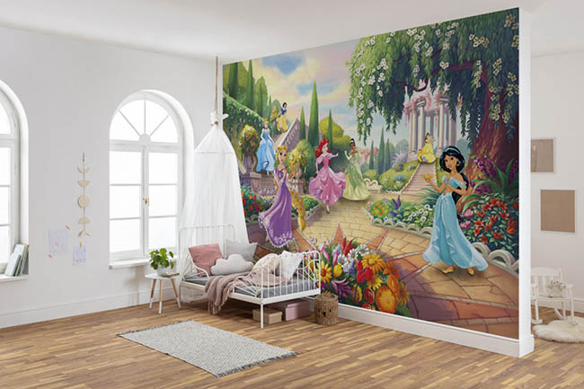 Princess photomurals – a kingdom in the children's room