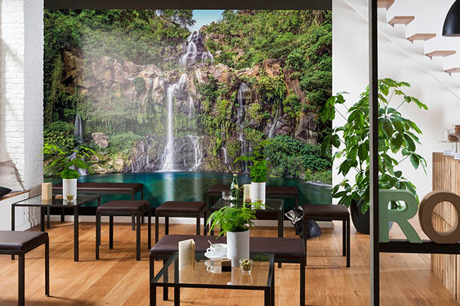 Photomurals with waterfalls – from natural to exotic