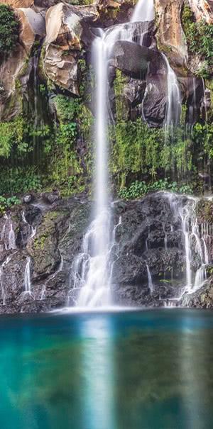 Zu den Wasserfall Fototapeten